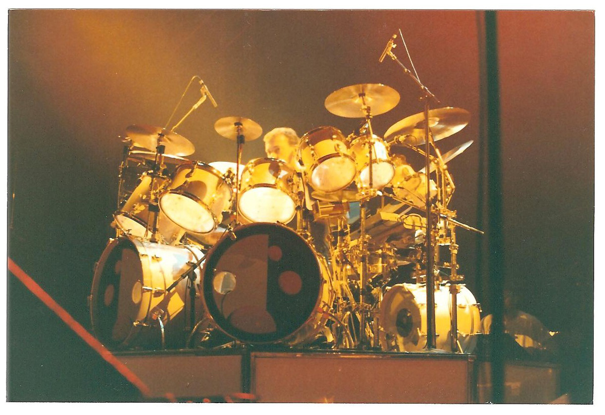 Explore the Ludwig drum kit Neil Peart used to record and tour Hold Your Fire
